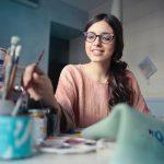 Lavori creativi che puoi fare da casa come freelance